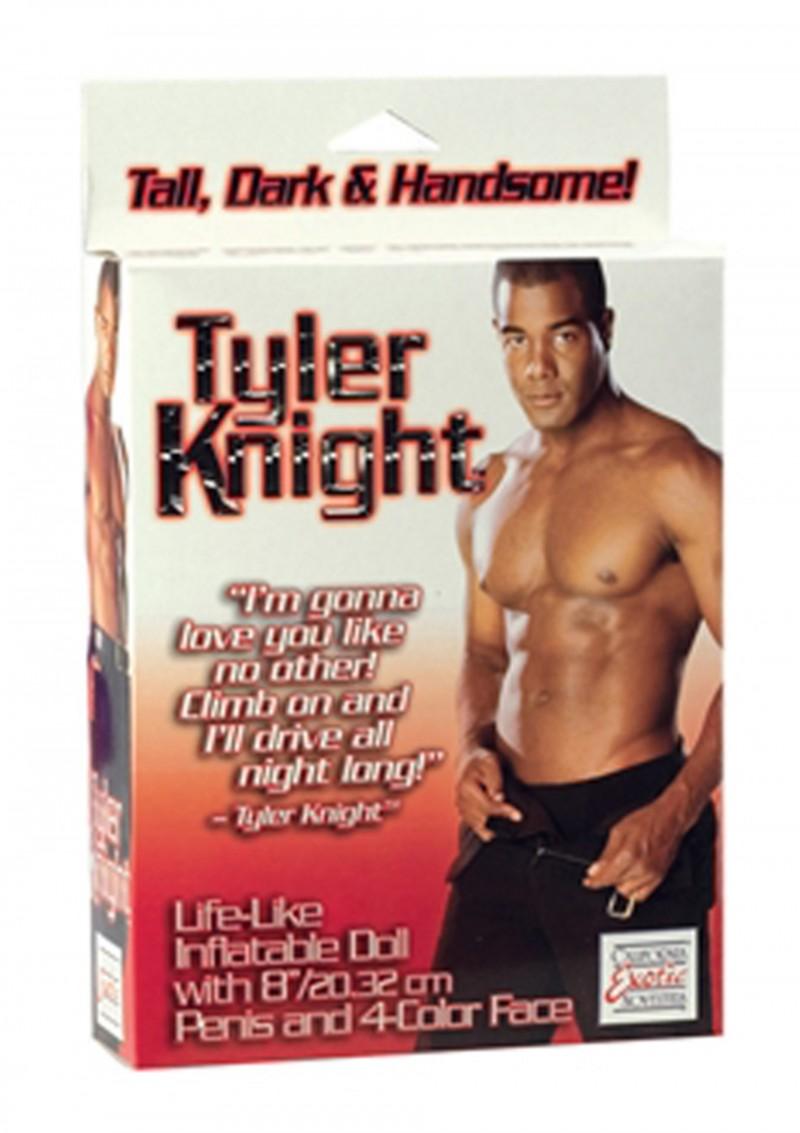 Tyler Knight muška lutka